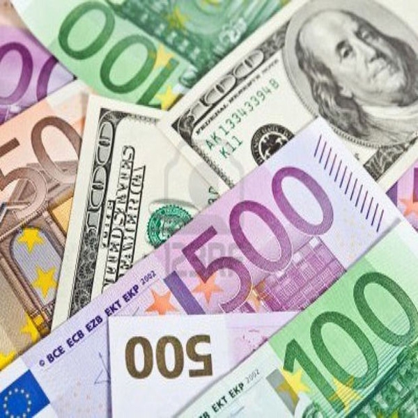 Manat becomes stable towards EUR and RUB